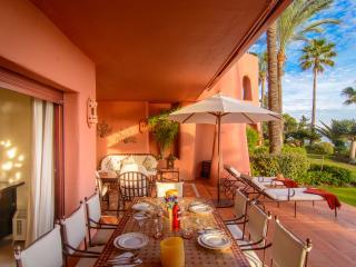 Menara Beach first line apartment with heated pool - Estepona vacation rentals