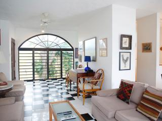 San Jose Street PH - San Juan vacation rentals