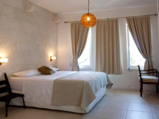Romantic 1 bedroom Apartment in Drasnice with Housekeeping Included - Drasnice vacation rentals