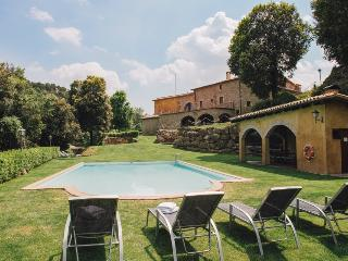 Enchanting 9-bedroom mansion in Cal Bernadas, with outdoor AND indoor swimming pools, just 40km from - Castelltercol vacation rentals