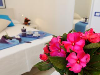 Appartamento Girasole - Sferracavallo vacation rentals