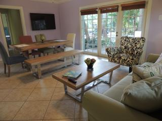 Nice Villa with Internet Access and A/C - Fort Lauderdale vacation rentals