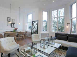 The Philbeach Gardens Mansion V - London vacation rentals