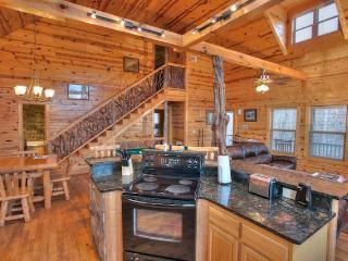 Nice 2 bedroom Helen Cabin with Deck - Helen vacation rentals
