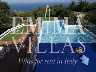 Villa Le Tore 10 - Sant'Agata sui Due Golfi vacation rentals