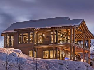 """""""Great Powder"""" Specials : Save up to 25% at Graystone Lodge - super deluxe! - Steamboat Springs vacation rentals"""