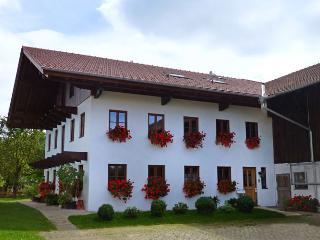 Ferienwohnung Baumgarten 33 - Übersee vacation rentals