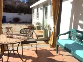 Culver City Arts District 2 Bedroom/Private Patio - Culver City vacation rentals