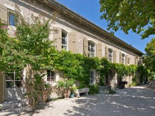 Mas des Jardins - Saint-Remy-de-Provence vacation rentals