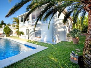 Villa with private pool close to the beach, Costabella Marbella - Marbella vacation rentals