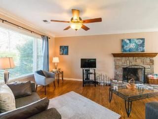 Airport/Opry/Downtown Just Mins Away! - Nashville vacation rentals