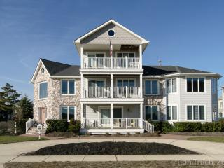 Classic Beach Home Short Drive To Atlantic City - Brigantine vacation rentals