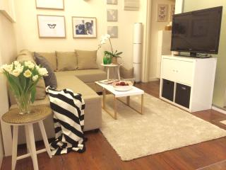 NEW! LUX! 1BED aparment! Sheung Wan, 3 Min to MTR - Hong Kong vacation rentals