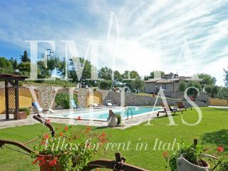 Cozy Villa with A/C and Satellite Or Cable TV in Avigliano Umbro - Avigliano Umbro vacation rentals
