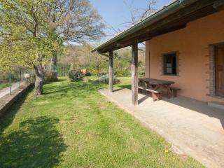 Casa Ciliegio 2 camere con piscina ValleCastagneta - Sorano vacation rentals