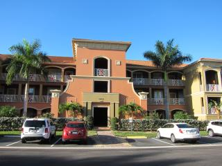 Tranquil, tropical oasis - Fort Myers vacation rentals