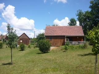 Cozy 3 bedroom Martel Chalet with Internet Access - Martel vacation rentals