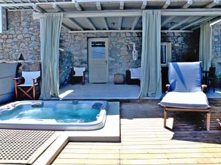 Relax in the Jacuzzi & pool, gazing Mykonos town! - Ornos vacation rentals