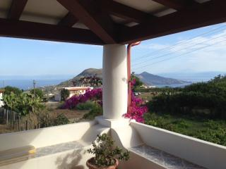 Affittasi Villa Cugna Lipari Isole Eolie - Lipari vacation rentals