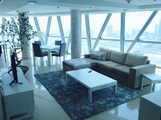 Premium (Dupplex) Penthouse Apartment - Dubai vacation rentals