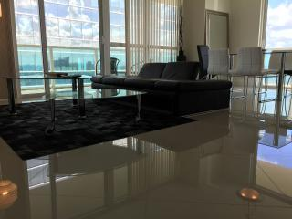 Classy Finished 2 Bedroom Apartment in Brickell OB2HR4 - Coconut Grove vacation rentals