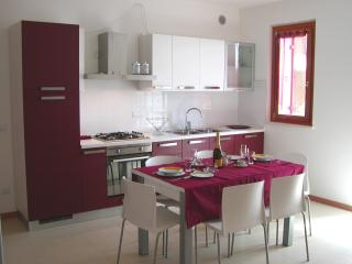 Cozy 2 bedroom Condo in Lazise - Lazise vacation rentals