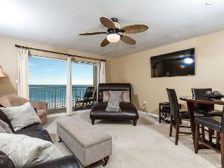 PI 407:Take a breather in this LUXURIOUS GULF FRONT 1BR! - Fort Walton Beach vacation rentals