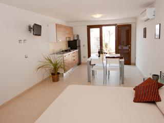 Monolocale Hickory Wind - Cala Gonone vacation rentals