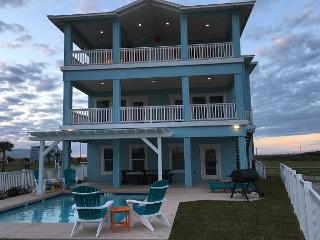 Beach-A-Holic: Private Pool, Boardwalk to Beach, Amazing OCEAN VIEWS - Port Aransas vacation rentals