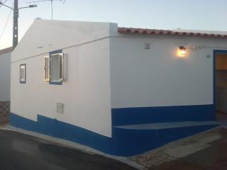 Cozy 2 bedroom Monsaraz House with Internet Access - Monsaraz vacation rentals
