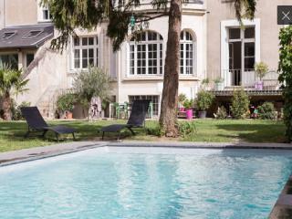 Maison exceptionnelle Tours centre avec piscine - Tours vacation rentals