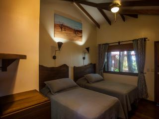 Om Suite Om Cabina 1 - Dominical vacation rentals