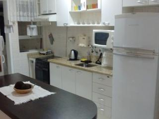 1 bedroom Apartment with Internet Access in Florianopolis - Florianopolis vacation rentals