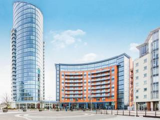 Gun Wharf Quays 1 Bedroom Apartment for 4 people - Portsmouth vacation rentals