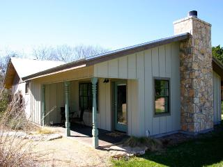 Your Ideal Hill Country Getaway - Wimberley vacation rentals
