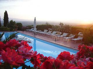 Appartamento Italo A - Lamporecchio vacation rentals
