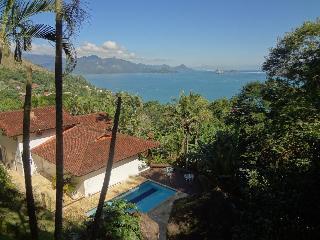 Beautiful 8 bedroom Villa in Angra Dos Reis - Angra Dos Reis vacation rentals