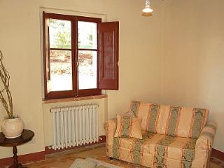 7 bedroom House with Deck in Montone - Montone vacation rentals