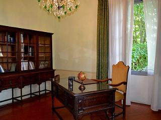 Spacious House with Deck and Shared Outdoor Pool - Serravalle Pistoiese vacation rentals
