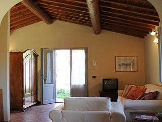 2 bedroom Villa with Deck in Laterina - Laterina vacation rentals
