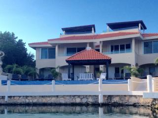 2 bedroom condominium nautica - Puerto Aventuras vacation rentals