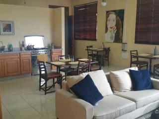 Pista Q  Rojo Close to Airport/Restaurant/Shops - Oranjestad vacation rentals