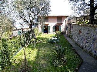 Gorgeous 2 bedroom House in Sorrento - Sorrento vacation rentals