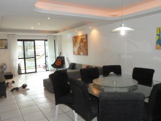 apartamento amplo com 4 quartos - Rio de Janeiro vacation rentals