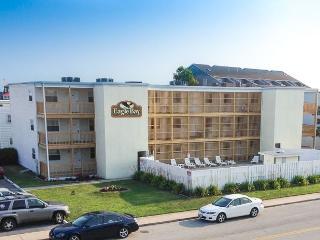 507 Robin Dr. 28th St Condo w/Pool, WiFi - Ocean City vacation rentals