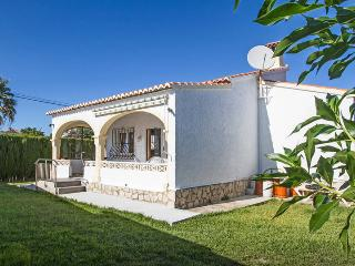 LOVELY VILLA IN BEAUTIFUL AREA CLOSE TO THE BEACH - Els Poblets vacation rentals