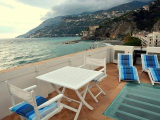 Comfortable House with Deck and Internet Access - Maiori vacation rentals