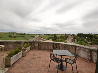 Charming 4 bedroom House in Monterado with Deck - Monterado vacation rentals