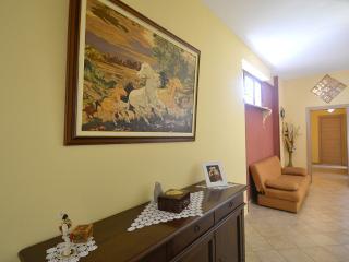 Cozy 2 bedroom Sorrento House with Internet Access - Sorrento vacation rentals