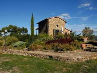 Charming 1 bedroom Greve in Chianti House with Deck - Greve in Chianti vacation rentals
